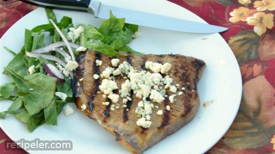 Soft Steak (Marinated Skirt Steak with Bleu Cheese)