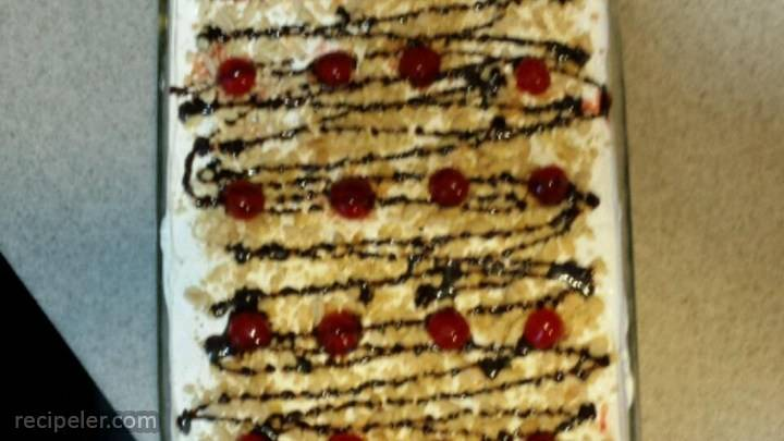 southern style banana split cake