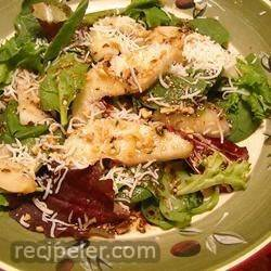 Speedy Pear and Pecan Salad