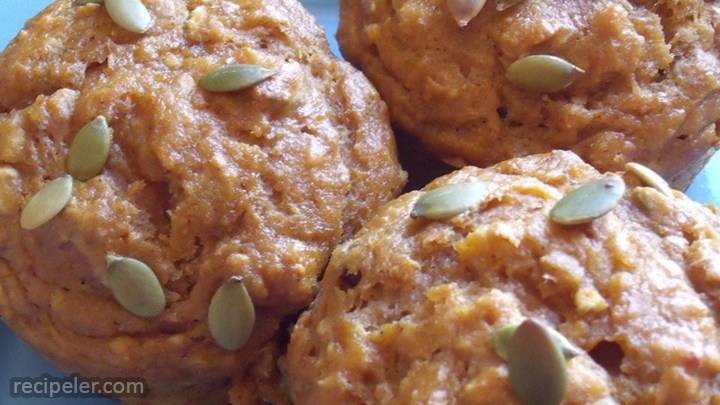 Spiced Pumpkin Molasses Muffins