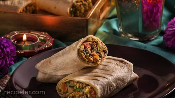 Spicy Egg & Minced Lamb Roll