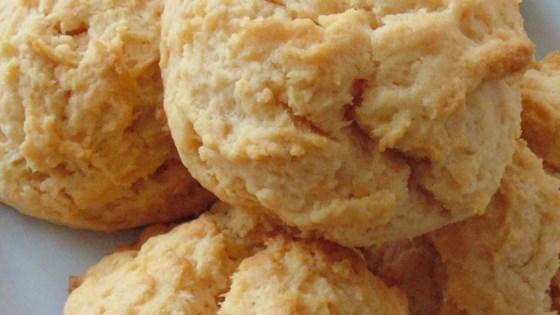 sriracha biscuits