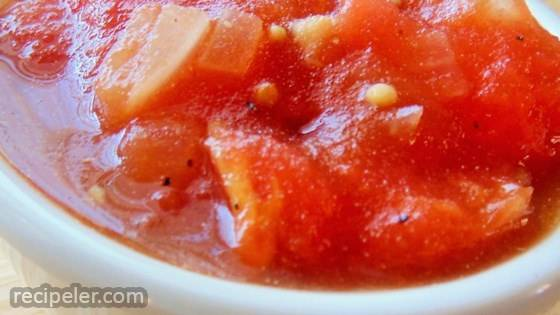 Stewed Tomatoes Spiced with Mustard