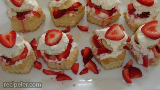 Strawberry Cream Cheese Clouds