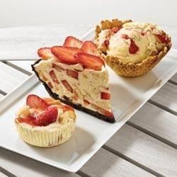strawberry cream freeze