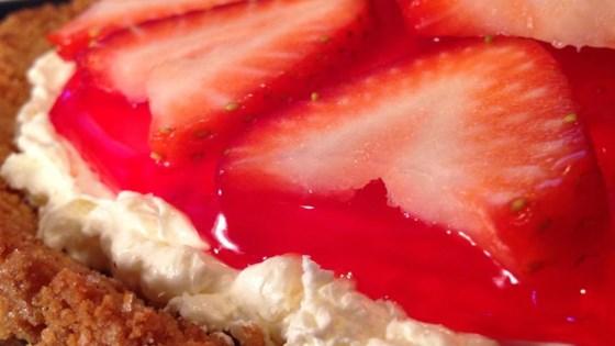 strawberry delight pie