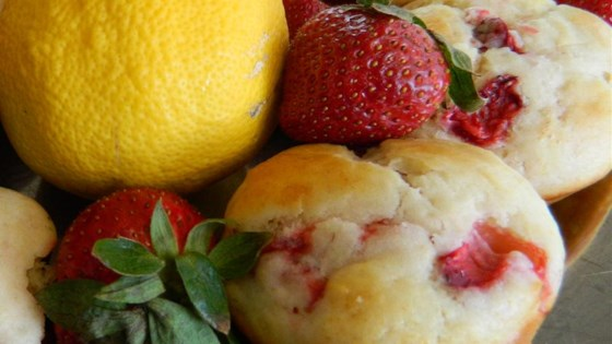 strawberry lemonade muffins