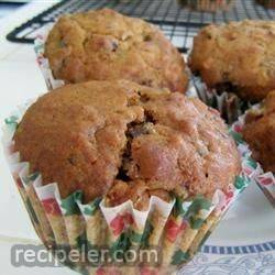 sugarless fruit nut muffins