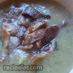 Sunchoke (Jerusalem Artichoke) and Leek Soup with Mushrooms