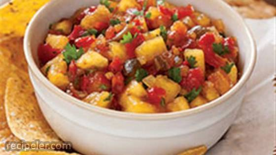 Sweet 'n' Hot Pineapple Salsa