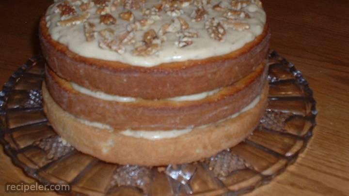 talian cream cake