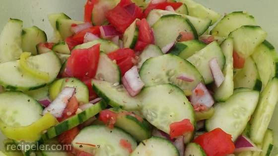 Talian Tomato Cucumber Salad