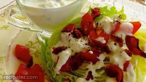 Tasty Blue Cheese Salad Dressing