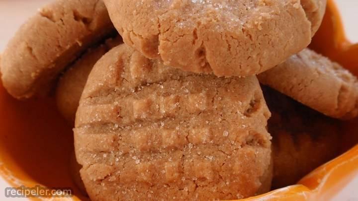 three ngredient peanut butter cookies