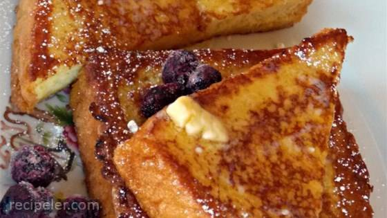 Vanilla-Almond Spiced French Toast