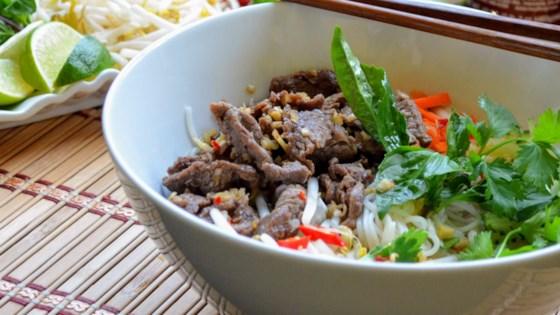 vietnamese lemongrass beef and noodles