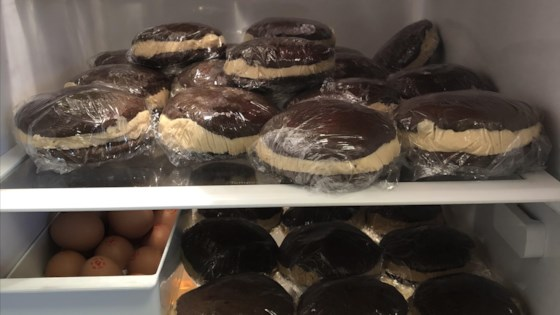 world's best maine whoopie pies - ayuh