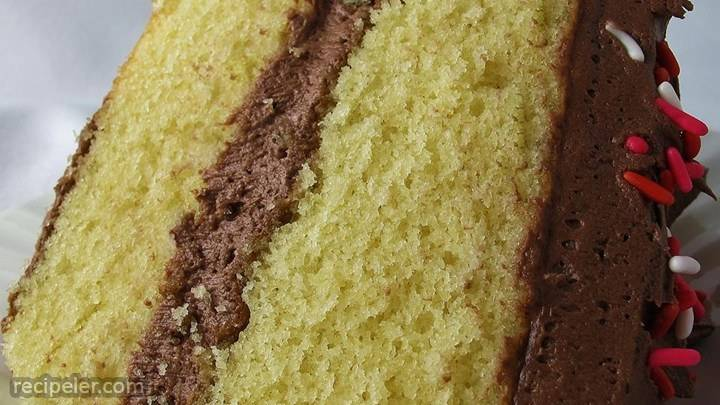 yellow cake made from scratch