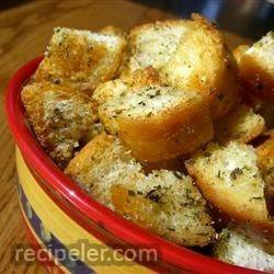 Yummy Garlic Croutons