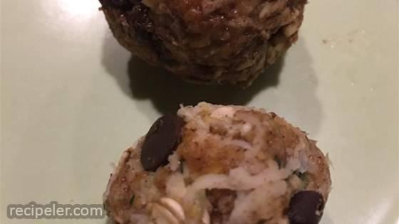 Zucchini Chocolate Oatmeal Bites