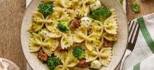 Bow Ties with Broccoli, Pesto, and Sausage