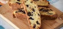 chocolate fig biscotti