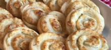 easy 3-ngredient cheese pinwheels