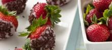 Frozen Yogurt-Dipped Strawberries