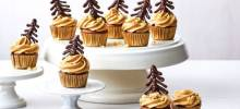 ghirardelli mini gingerbread-chocolate chip cupcakes with molasses buttercream