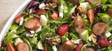 Johnsonville Strawberry and Apple Chicken Sausage Salad
