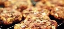 macadamia raspberry white chocolate cookies