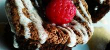 moist flourless chocolate cupcakes