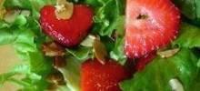 Nutty Strawberry Salad