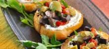 Olive Salad with Crostini