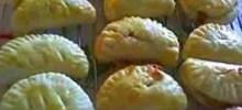 pasteles - argentinean caramel filled crescents
