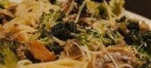 Spaghetti with Broccoli and Mushrooms