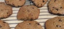 spelt cherry cookies