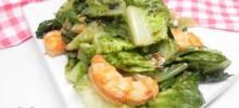 Stir-Fried Lettuce with Garlic