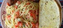 Summer Pasta with Basil, Tomatoes and Cheese