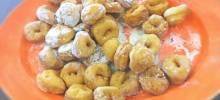 tortelli di carnevale (talian carnevale doughnuts)