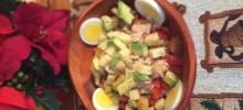 tuna and vegetable farro bowl