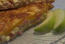 apple ham grilled cheese