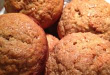 banana and persimmon cinnamon muffins