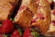 Banana Strawberry Oat Bread