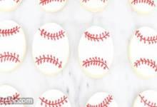 Baseball Cookies with Royal cing