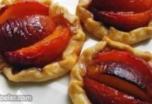 Chef John's Peach Tartlets