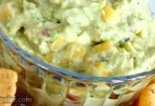 Chipotle-Mango Guacamole