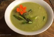 Creamy Asparagus and Cauliflower Soup