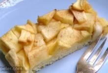 Easy German Apple Sheet Cake