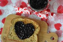 easy small-batch blueberry jam